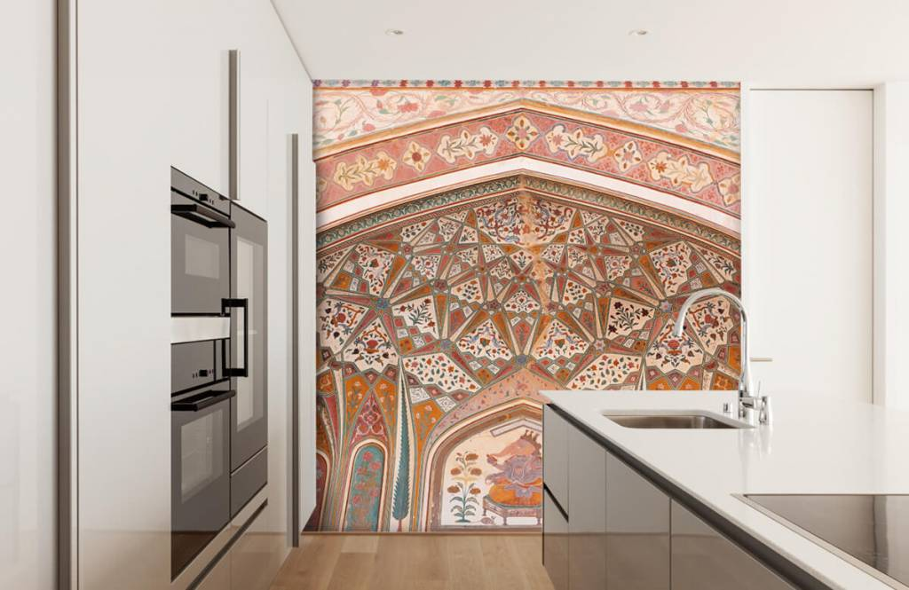 Monuments - Richly painted Indian arch - Bedroom 3