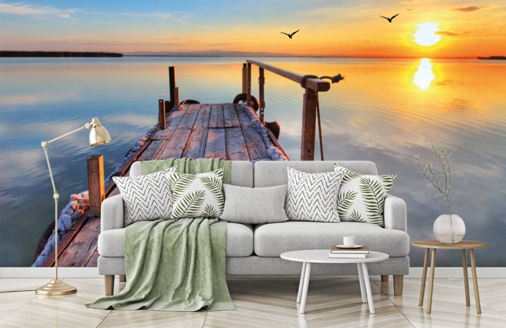 Lakes and Waters - Birds above the sea - Bedroom 8