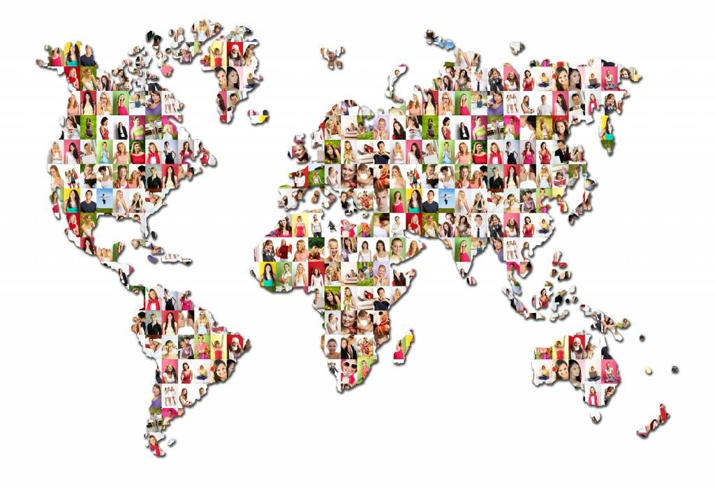 World map wallpaper - World map formed from photos - Reception
